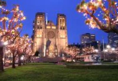 grace_cathedral_and_the_holiday_lights.eventdetail.jpg