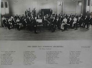 As many women orchestra members a hundred years ago as the Vienna Philharmonic has today (six)