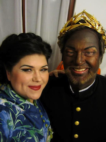 Leah Crocetto as Desdemona, Gregory Kunde as Otello off-stage at La Fenice