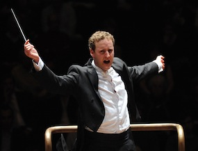 Michael Francis conducts Summer and the Symphony