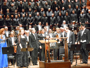 Laura Claycomb, Sasha Cooke, MTT, Michael Fabiano, Shenyang in front of orchestra and chorus