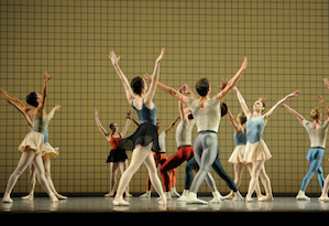 San Francisco Ballet in Robbins' <em>Glass Pieces</em> Photos by Erik Tomasson