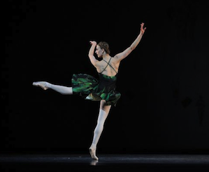 Simone Messmer in Symphony #9