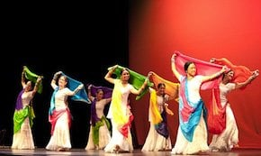Dholrhythms dancers lend Indian flavor to a Chinese festival