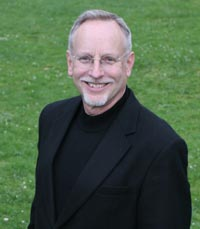 Philharmonia Chorale Director Bruce Lamont