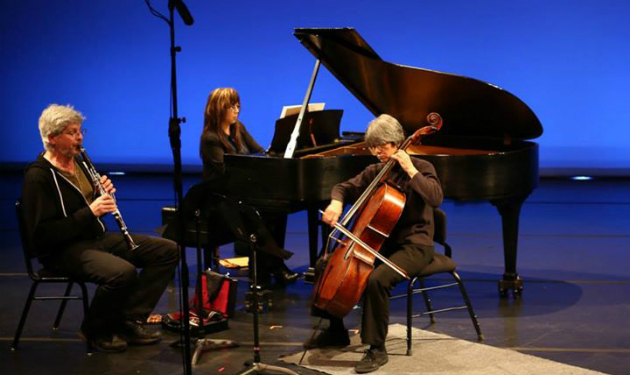 Peter Josheff on clarinet, Brenda Tom on piano, and Thalia Moore on cello (Photo by Yen Bachmeier)