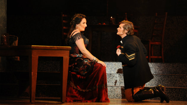 Opera San Jose resident member Kirk Dougherty as Don José and guest artist Lisa Chavez as Carmen in <em>Carmen</em> running February 13 through February 28 at the California Theatre, San Jose (Photo credit Pat Kirk)