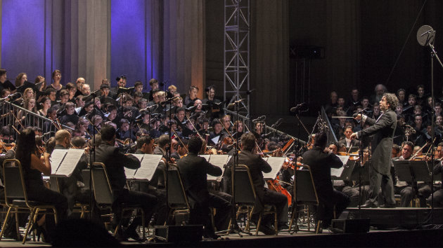 Gustavo Dudamel conducts the Simon Bolivar Symphony Orchestra of Venezuela (Photo by Peter DaSilva)