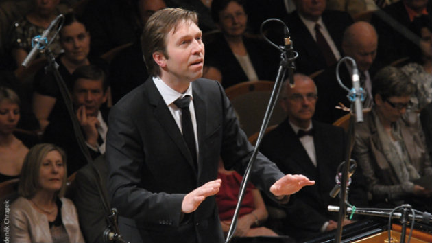 Leif Ove Andsnes and the Mahler Chamber Orchestra in Prague, 2012 (Photo by Zdeněk Chrapek)