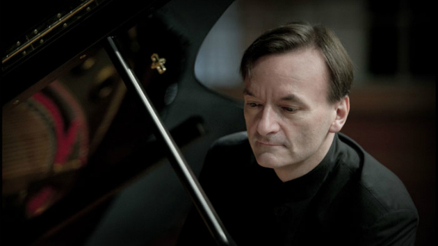 Stephen Hough (Photo by Sim Canetty-Clarke)