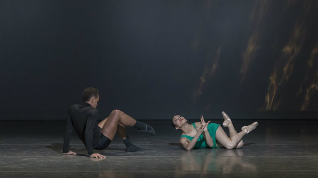 Lahna Vanderbush and Ihosvany Rodriguez in <em>Prism</em> (Photo by Alejandro Gomez)